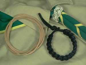 Wearable Emergency Knots