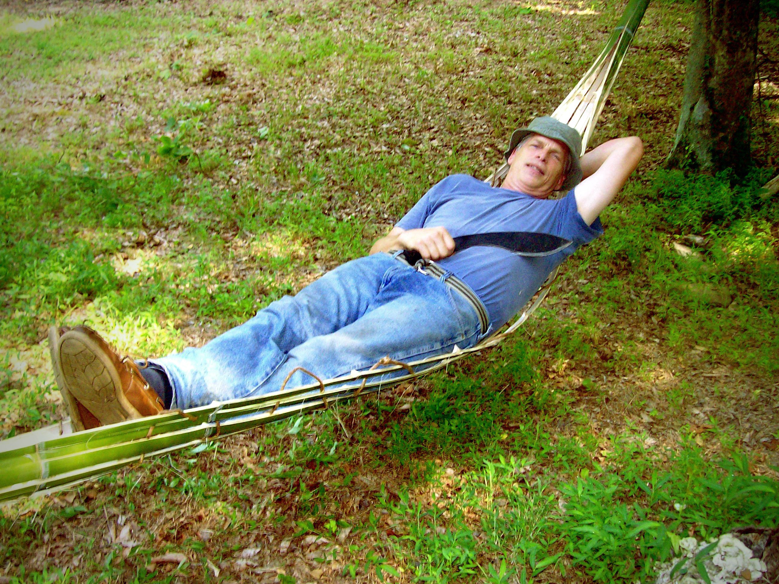 improvised bamboo hammock survivaltek   improvised bamboo hammock  rh   survivaltek