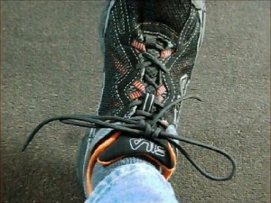 Tied Shoe Lace Using 550 Paracord