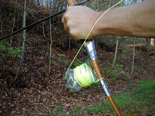 Survivaltek improvised bowfishing reels for Bow fishing reel