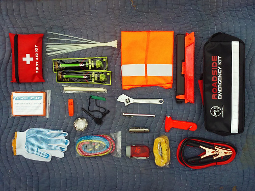 Survival Hax's Roadside Emergency Kit