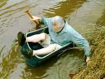 Bin Boat Leg Balance Attempt
